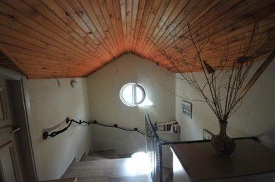 10--hallway_resize