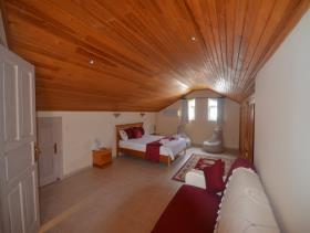 Image No.18-3 Bed Duplex for sale