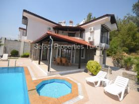 Image No.6-3 Bed Villa / Detached for sale
