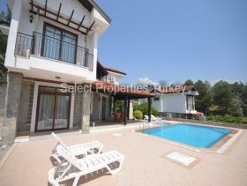 Image No.29-3 Bed Villa / Detached for sale