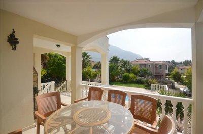 6--lounge-terrace_resize