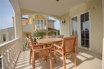 6b--lounge-terrace_resize