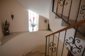 Image No.15-7 Bed House/Villa for sale