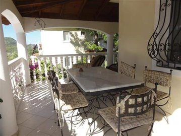 6--lounge-terrace
