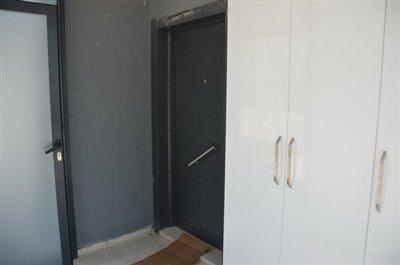 5--entrance-porch_resize