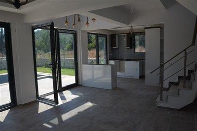 9--lounge-to-kitchen_resize