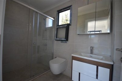 15----ENSUITE-BEDROOM-TWO_resize