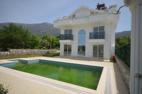 Image No.25-4 Bed House/Villa for sale