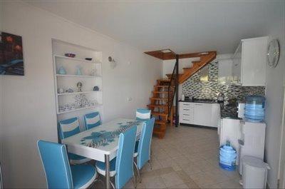4--kitchen-dining-area_resize
