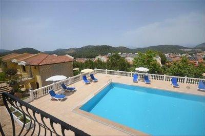 7b--lounge-balcony-view_resize