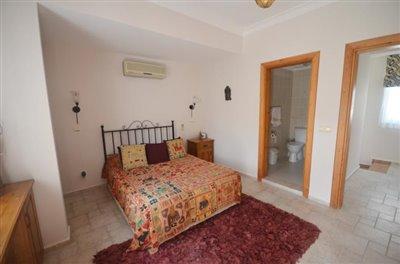 12a--master-bedroom