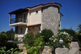 Image No.1-Villa / Détaché de 5 chambres à vendre à Ovacik