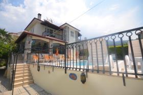 Image No.7-Villa / Détaché de 5 chambres à vendre à Ovacik