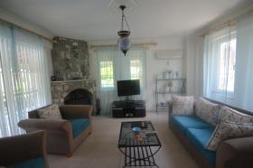 Image No.10-Villa / Détaché de 5 chambres à vendre à Ovacik