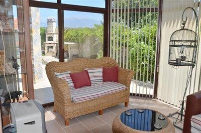 9--conservatory-off-lounge_resize