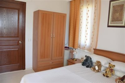 14a--bedroom-one_resize