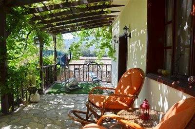 22--balcony-terrace_resize