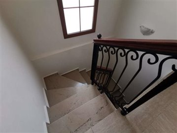 6--marble-stairs