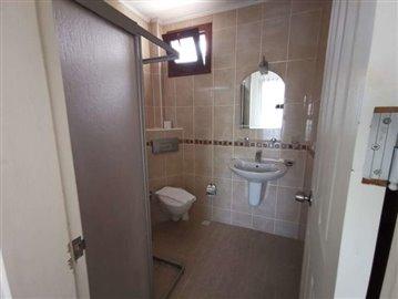 8--esnuite-bathroom