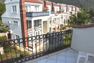 11a---bedroom-balcony