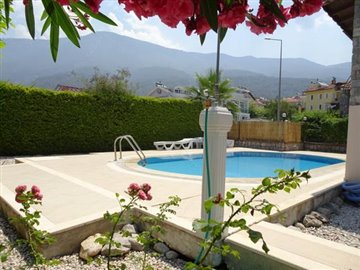 2--PRIVATE-POOL-ENC-GARDENS_resize