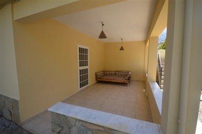 12--balcony-off-lower-lounge_resize