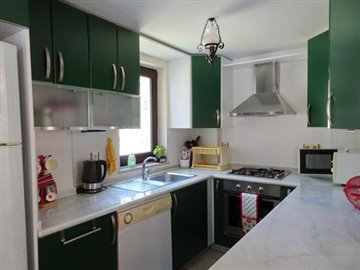 10a--kitchen_resize