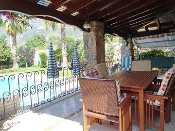 10b--dining-terrace_resize