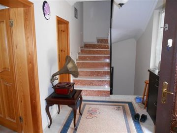 16--stairs-to-first-floor_resize