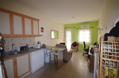 5--kitchen-lounge_resize