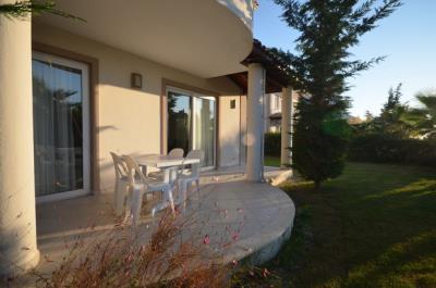 10--lounge-balcony_resize