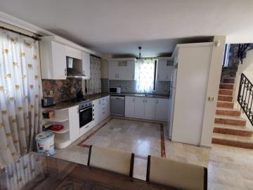 2--dining-kitchen