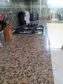 7a--kitchen-work-surfaces_resize