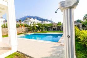Image No.3-Maison / Villa de 4 chambres à vendre à Hisaronu
