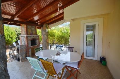 10--bbq-dining-terrace_resize