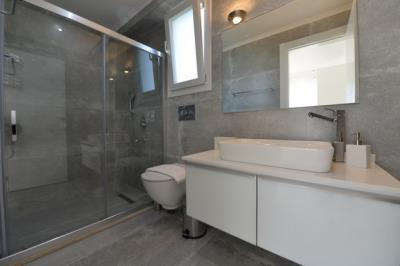 15--ensuite-bedroom-two_resize