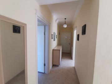 4--entrance-hallway