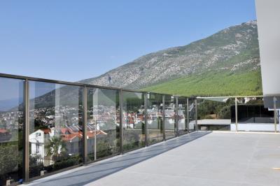 14--roof-terrace-balcony