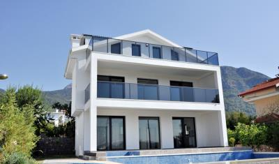 15--triplex-villa