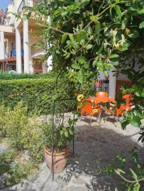 1a--gardens