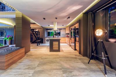 6--spacious-open-plan-living