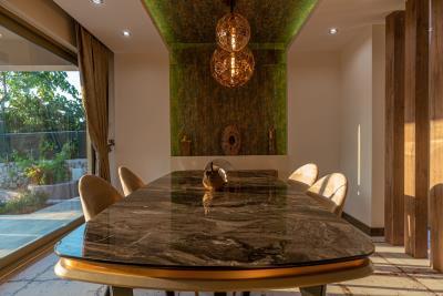6--indoor-dining