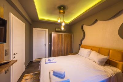 5b--bedroom-one