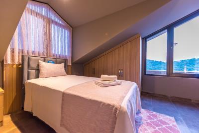 8--bedroom-three