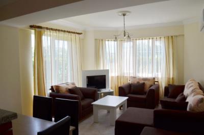 3--lounge-_resize