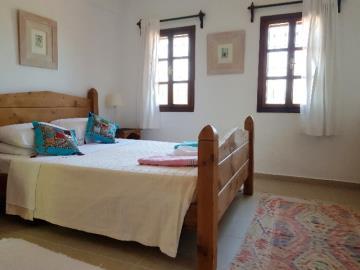 28--bedroom-three-jpgjpg