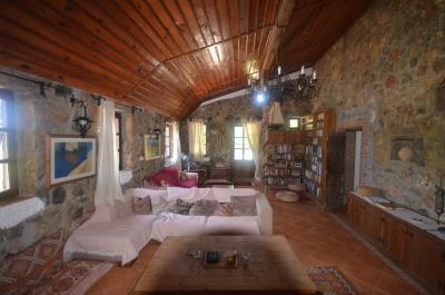 16a--lounge
