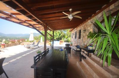 35a--shady-terrace-
