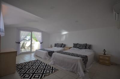 6--master-bedroom-jpgjpg_resize