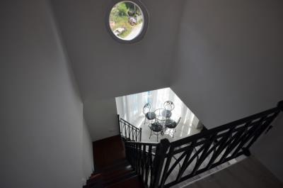 10--stairs-jpgjpg_resize
